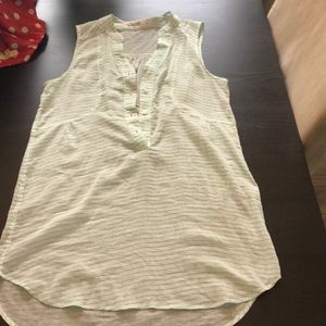 Long light weight button up tank